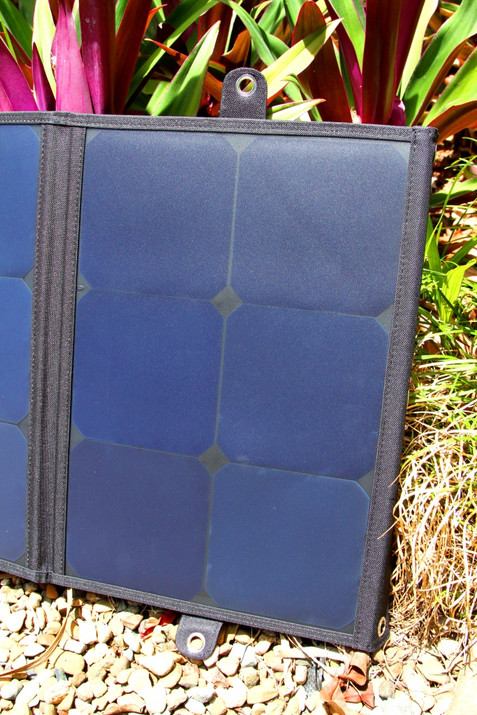 Ultra Light Weight 120w Folding Solar Panel Etaphi Electric
